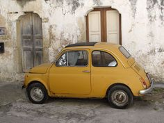 Galatina, Puglia, Italy Vespa, Postcards From Italy, Under The Tuscan Sun, Space Photos, Cars And Motorcycles, Vintage Cars, Classic Cars, Mini, Vehicles