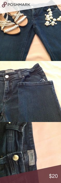 Chico's,  So Slimming jeans, Size 0.5 (6) Nice Chico's jeans, So slimming (short) Chico's Jeans Boot Cut
