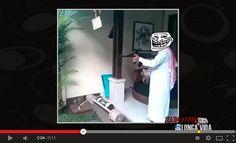 Árabe de zoa... http://sarcasmolongavida.blogspot.com/2014/05/arabe-muculmano-dando-rajadas-de-pera-ai.html #Zueira #zoeirasemlimites #zoeirasemlimite #metralhadora #tiros #Armadefogo #troll #zoeirasemlimites #semfronteiras #internacional #vídeos #orientemedio #muçulmanos #tambor #batida #lol #meme #sacanagem #zoa #humor #sarcasmo