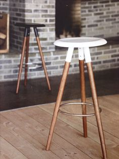 Modern bar stools to line your sleek breakfast bar or kitchen counter. From adjustable stools to leather seats. Find BoConcept bar stools here - BoConcept Boconcept, Kitchen Stools, Counter Stools, Bar Counter, Painted Furniture, Furniture Design, Designer Bar Stools, Stool Chair, Chair Cushions