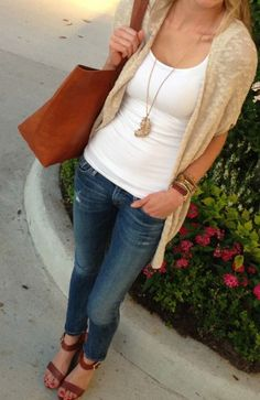 Love this for warmer weather. Wish I could find jeans like that that fit me. Like the color of the bag but not the shape. -Bethany