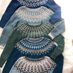 Knitting sweaters fair isles 56 new ideas Fair Isle Knitting Patterns, Fair Isle Pattern, Knitting Stitches, Knit Patterns, Free Knitting, Sock Knitting, Vintage Knitting, Knitting Sweaters, Stitch Patterns