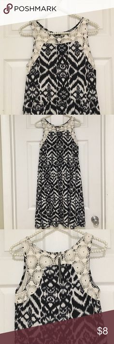 Black & white ikat print, cotton lace dress Great casual dress for summer, or use as a bathing suit cover. Xhilaration Dresses
