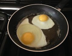 Fried eggs, Oxton