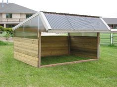 Great, simple shelter idea for our future Alpaca's (photo only)