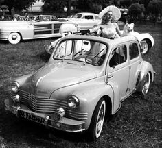 Renault 4 CV with sun roof