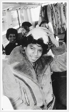michael-and-all-that-is-lovely: Michael Jackson at 14 yrs old…good looking, funny kid. Glad he always kept his sense of humor even as an adult.