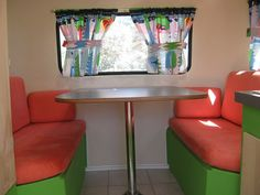 Rear Bench Dining Area