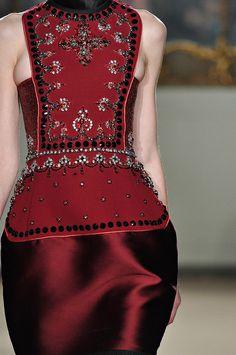 aclockworkpink:    Aquilano Rimondi F/W 2012, Milan Fashion Week