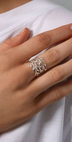 . Oh what a cool ring!