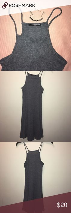 "☁️🐑SUPER SOFT BRANDY MELVILLE DRESS This super soft dress is casual and cute. From the popular brand Brandy Melville, this dress is classified as ""One Size"" but really fits more of a small or Xsmall. Made of 62% polyester 34% rayon and 4% spandex. In great condition, only worn to try on. Brandy Melville Dresses Midi"