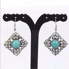 Silver Turquoise Earrings Brand New #E081 Jewelry Earrings