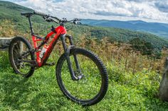 The 2017 Specialized Stumpjumper Carbon Expert 650B mountain bike
