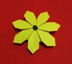 Origami tutorial and video instruction on how to make an origami easy origami flower simple and rich 3d paper flower daisy flower mightylinksfo Choice Image