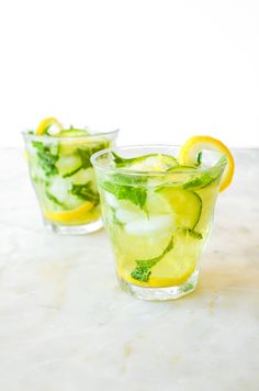 A popular and refreshing drink, the caipirinha features Brazil's cachaca. The recipe is very simple, so grab a lime and some sugar, and mix it up. Ginger Ale, Ginger Drink, Refreshing Drinks, Fun Drinks, Yummy Drinks, Healthy Drinks, Beverages, Healthy Recipes, Latin American Food