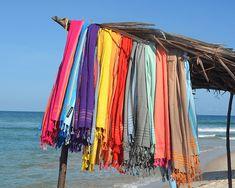 Dit zijn de nieuwe Kikoy badlaken kleuren van 2018!  Wat vind jij de mooiste? Moeilijk kiezen hé?? Link in bio.  #kikoy #strandlakens #badlakens #stranddoeken #onlinekikoy #velekleuren #holiday #vakantie #beachholiday #strandvakantie #spa #wellness #sauna #mbstyling #manycolors #relax