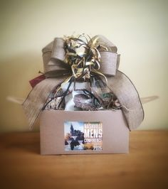 Gift Baskets in Nashville, Tennessee with local products for Corporate, hospitality and marketing gifts. Gourmet gifts with local Nashville products. Corporate Gift Baskets, Corporate Gifts, Gourmet Gifts, Gift Hampers, Artisan, Gift Wrapping, Gift Wrapping Paper, Gift Baskets, Promotional Giveaways