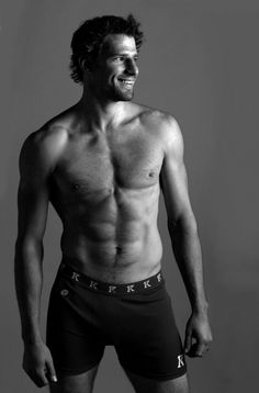 Ryan Kesler (what kind of a Canadian girl would I be, if I didn't include some hot hockey players)