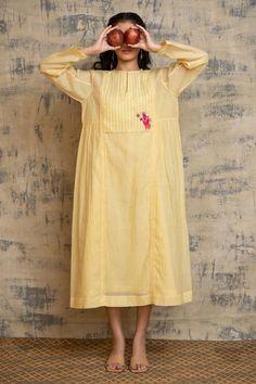 Woven Cotton, Cotton Silk, Printed Cotton, Tailoring Techniques, Kurta Neck Design, Plain Dress, Pretty Patterns, Lemon Yellow, Ahmedabad
