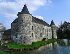 Maison forte de la Cour des Prés - Rumigny (Ardennes)
