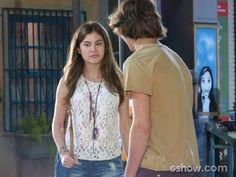 Bianca esta convencida que Karina gosta de Pedro.Será que Karina vai gostar disto.Diz  ai...Sim,Karina vai mudar de ideia 1.Não,Karina gosta de Duca.-Debora Maria s