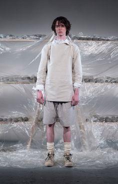 Phoebe English Spring 2018 Menswear Fashion Show Collection