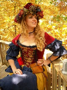 2011 Kansas City Renaissance Festival  #renfair #renfest #wench #hair wreath