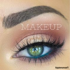 Hazel Eye Makeup, Hooded Eye Makeup, Makeup For Green Eyes, Blue Eye Makeup, Eye Makeup Tips, Hazel Eyes, Smokey Eye Makeup, Day Makeup, Kiss Makeup