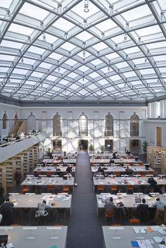 La salle de lecture de la bibliothèque universitaire Jean-Monnet à Rennes. Bruno…