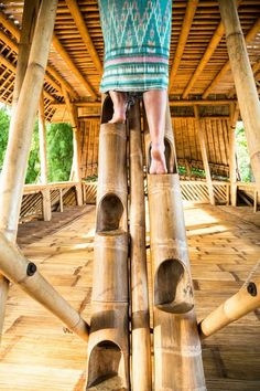 Luxury: Traditional Bamboo Stairs - Traditional Bambu Indah Resort In Bali Bamboo Art, Bamboo Crafts, Bamboo Ideas, Bamboo Architecture, Sustainable Architecture, Sustainable Houses, Bamboo House Design, Bamboo House Bali, Bamboo Building