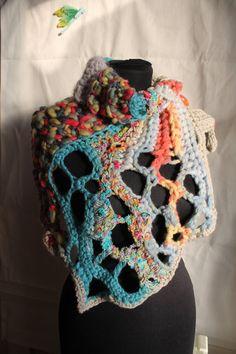 Bufanda del ganchillo Boho colorido grueso Crochet capucha