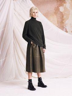 Discover Belstaff Womenswear Autumn Winter 2015 Lookbook