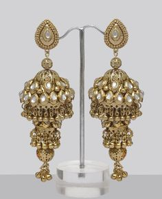 also more than one jhumka thingy going down is interesting too