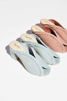 Complete your outfit with a pair of Free People's fashion forward heels including ankle strap heels, platform shoes, wedge heels, classy pumps and more. Denim Pumps, Shoes Heels Pumps, Denim Slides, Seychelles, Beautiful Shoes, Summer Fun, Block Heels, Peep Toe, Free People