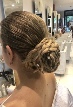 #Fabbrici #barachignon Dreadlocks, Hair Styles, Wedding, Beauty, Mariage, Beleza, Hairdos, Weddings, Haircut Styles