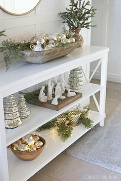 Hello and Merry Christmas! I'm so excited you're here. We are so excited to be sharing our Christmas homes with you this year for our Ho. Christmas Love, Rustic Christmas, All Things Christmas, Beautiful Christmas, Winter Christmas, Christmas Crafts, Merry Christmas, Christmas Ideas, Christmas Table Decorations