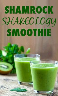 Celebrate St. Patrick's Day with a healthy, festive, green Shakeology recipe! This Shamrock Smoothie with a pinch of mint is everything you'll need to complete your lucky day. // Beachbody // BeachbodyBlog.com