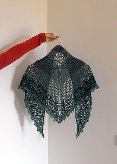 TC shawl (travelling companion)  pattern in pdf