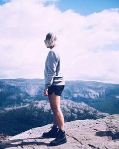 Joko näit mun uuden videon ja kuvat länsi-Norjasta?  #linkinbio #norway #preikestolen #moreontheblog #vlog #travel