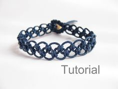 Tutorial macrame bracelet pattern pdf easy navy blue knotted step by step photo instructions makrame tuto beginner instant download jewelry by Knotonlyknots on Etsy https://www.etsy.com/listing/163443148/tutorial-macrame-bracelet-pattern-pdf