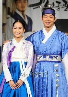"PHOTOS] ""SungKyunKwan Scandal"" press confrence @ HanCinema :: The ... Sungkyunkwan Scandal, Park Yoo Chun, Yoo Ah In, Park Min Young, Song Joong Ki, Thai Drama, Paros, Jyj, Best Actor"