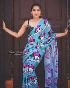 Telugu TV Actress Priyanka Naidu Latest Stills In Green Saree Beautiful Girl Indian, Beautiful Saree, Beautiful Indian Actress, Beautiful Women, Actress Priyanka, Bollywood Actress Hot, Saree Poses, Blue Saree, White Saree