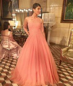 Kareena Kapoor # Manish Malhotra bride # evening cocktail look #