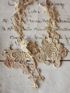 vintage lace in the early 1900's