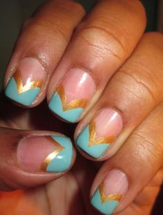 Fan Nail of the Day: Jasmine inspired nails featuring Robin and Felicity by Stefanie.    What is your favorite Disney movie?
