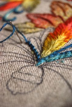 The Noble Thread working crewel with Renaissance Dyeing wool