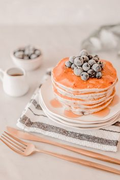 Cute Food, Good Food, Yummy Food, Kreative Desserts, Think Food, Aesthetic Food, Peach Aesthetic, Aesthetic Pics, Food Cravings