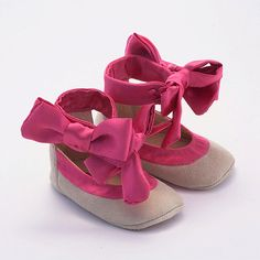 Leather baby shoes from pink silk and beige suede by Vibys on Etsy, $55.00