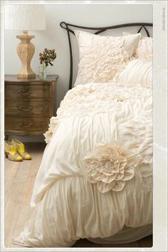 Would LOVE his but can imagine the look on hubby's face! Haha. Georgina from Anthropologie in color cream