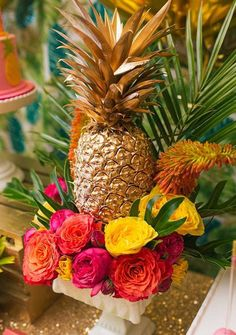 Glam up a pineapple